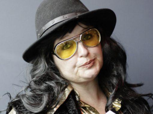 Regisseur Renée